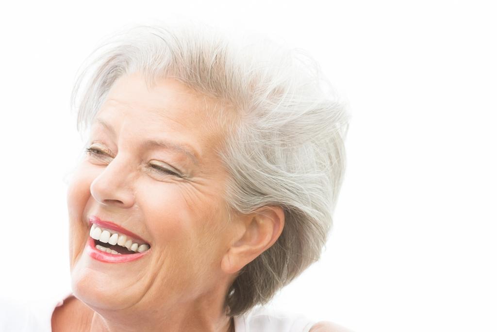 Evitar perder dientes tercera edad