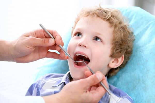 dentista infantil dientes supernumerarios